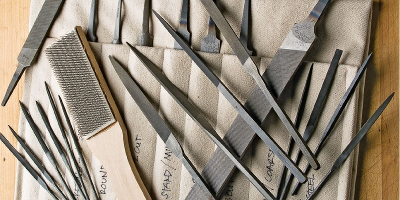 Filing and Finishing: 7 Metal and Jewelry Filing Tips from Lexi Erickson
