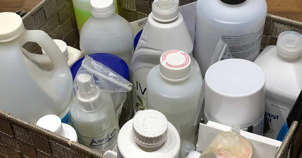Pickle, Flux, and More: 5 Alternative Solutions for Jewelry Studio Chemicals