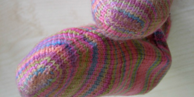 Knitting Socks: For Those Who Hate the Kitchener Stitch