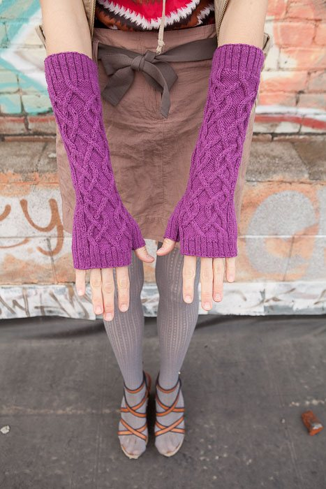 Kelsey Gloves and Mitts Silka Burgoyne Knitscene