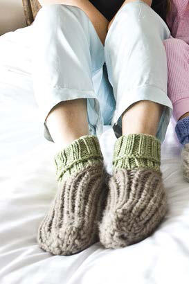 Knit these knitted slipper socks in our free ebook on knitted accessories.