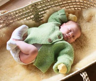 Learn how to knit this easy baby sweater pattern.