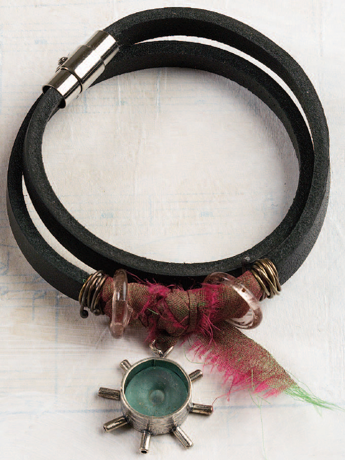 Learn how to make a leather bracelet in this FREE mixed-media jewelry-making eBook.