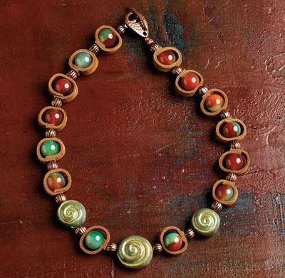 leather-necklace-erin-eigal
