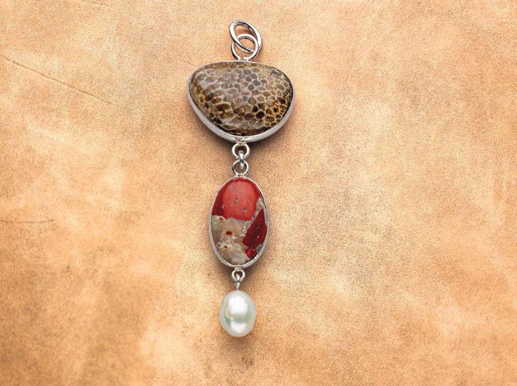 Betsy Lehndorff shows how she made a custom Michigan gravel pendant