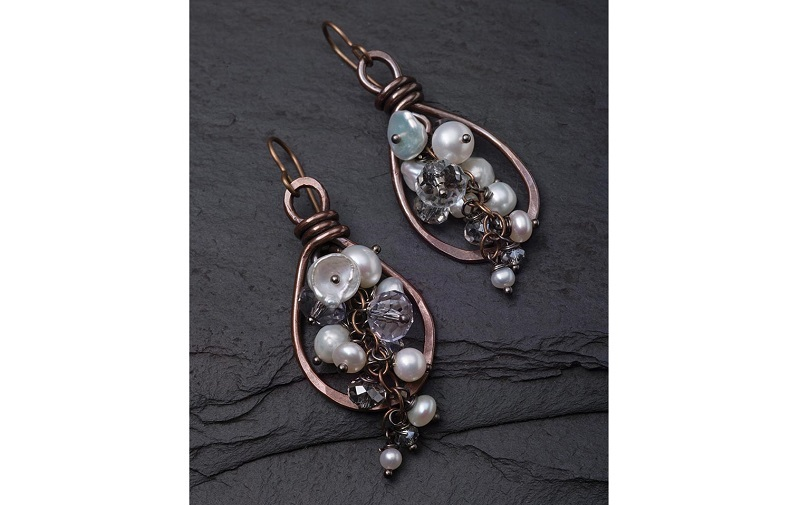 explore wirework and metalsmithing with the Lasso Earrings by jewelry designer Tracy Stanley
