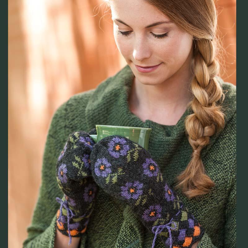 Purple flower mittens