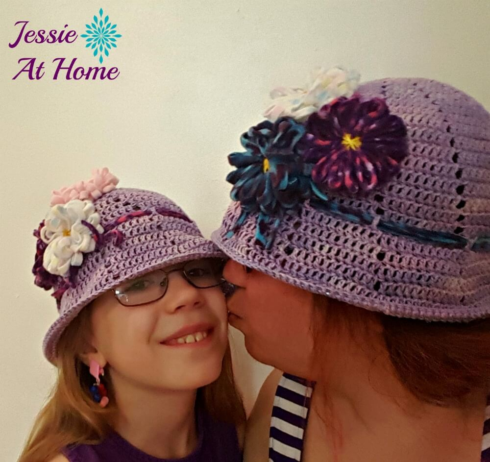 This crochet hat is perfect for summer. A crochet bucket hat everyone needs.