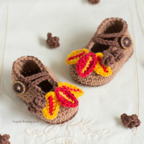 These cute crochet baby booties are perfect for Thanksgiving.