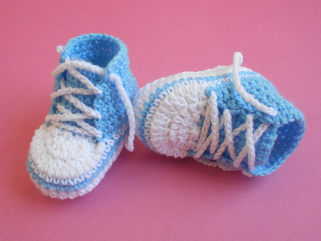 Baby Booties Dresses Christening Gown Crochet Patterns : Baby Converse Crochet Booties