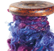 Learn about plying in locks in this FREE guide on spinning novelty yarns and creating art yarn.