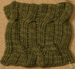 Learn about this knitting stitch by Angela Hahn called Onda Reversible Lace and Cable Rib stitch in this free eBook on nine amazing knitting stitches.