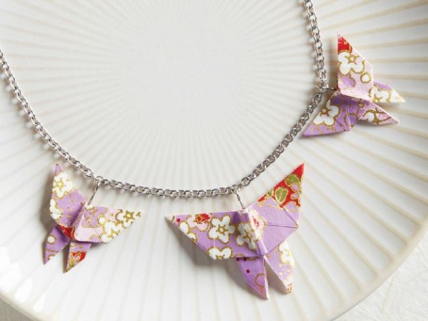 learn to make origami paper jewelry