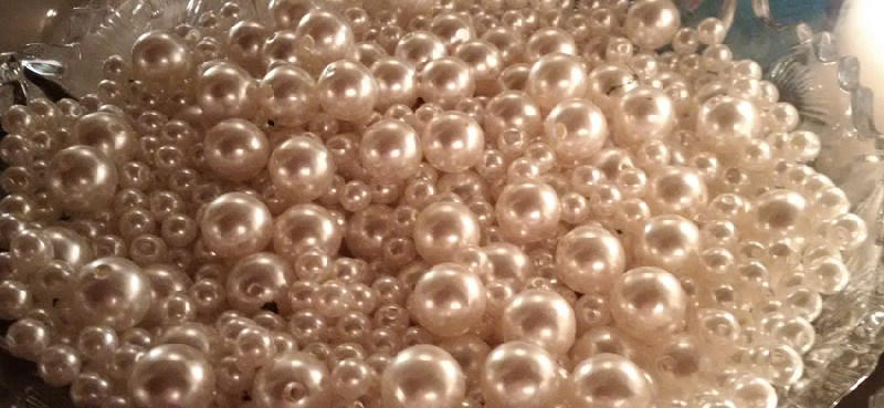 The Pearl Girl's Pearl Collection: An Intro to Tahitian, South Sea, Akoya, Freshwater, and Natural Pearls