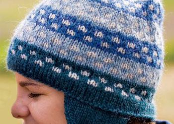 Learn how to knit this FREE knitted hat pattern in our free eBook.