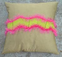 funky pillow belt