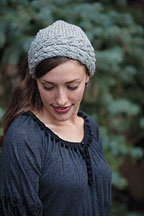 Pointed Kerchief: Free knitting pattern for reversible cables.