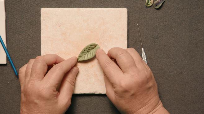 making a polymer clay leaf with Christi Friesen