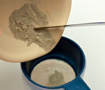 how to reconstitute dry metal clay