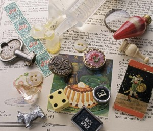 Learn how to choose resin for your jewelry making projects in this free ebook.
