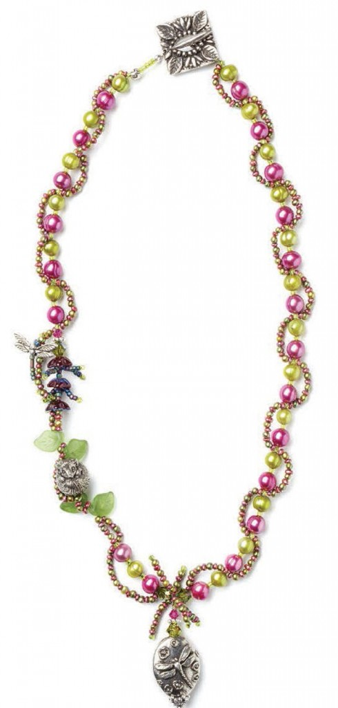 Learn how to make necklaces with this free seed bead necklace design.