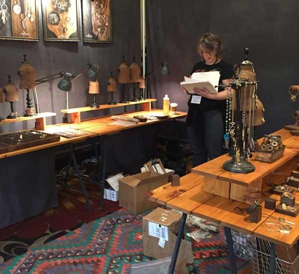 Nunn Design jewelry business jewelry show booth displays