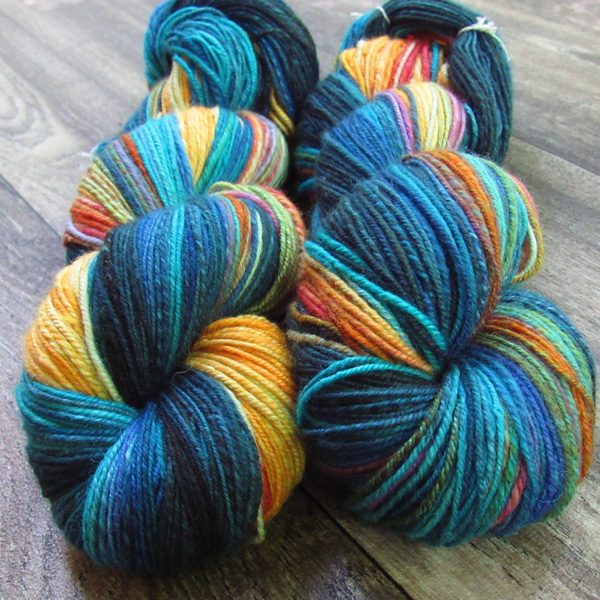 Two matched summery skeins of chain-plied yarn. Photos by Debbie Held