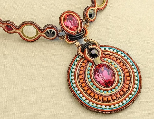 make soutache jewelry like this India Choker by Csilla Papp