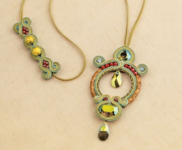 soutache jewelry making necklace by Csilla Papp