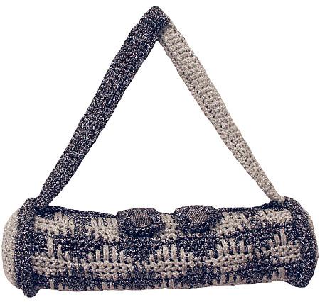 spike stitch clutch