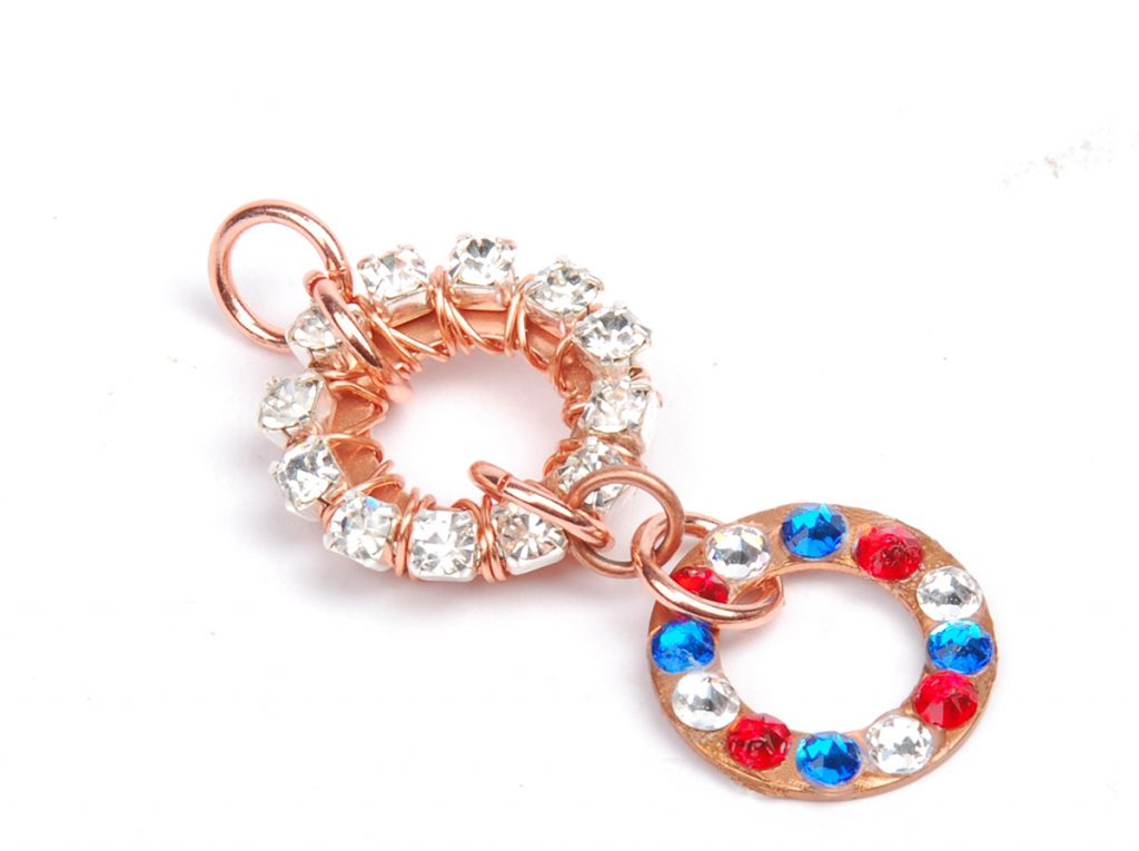 sparkle sprockets step 9. Free jewelry–making project using Swarovski crystals