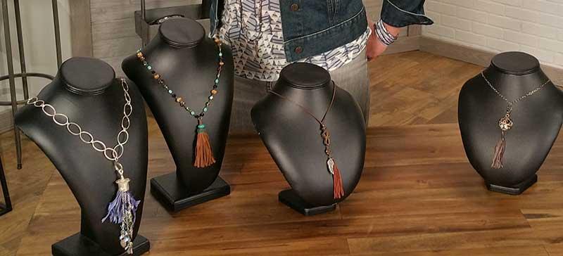 <em>Beads, Baubles &#038; Jewels</em>: An Artistic Approach