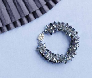 Learn how to make crystal jewelry with this top-drilled bicone bracelet design.
