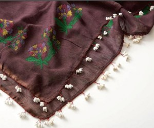 A scarf from Turkey with traditional oya edging from the collection of Cynthia LeCount Samaké.