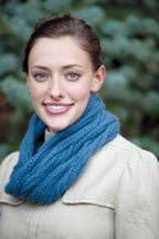 Winding River Cowl: Free knitting pattern for reversible cables.